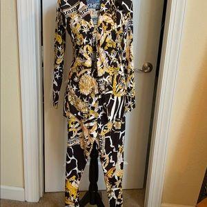 Two-piece jacket pants set